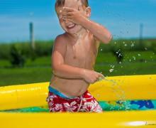 Llega un momento en el que hay que quitar la piscina de los niños