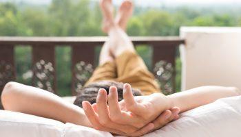 Beneficios de dormir al aire libre